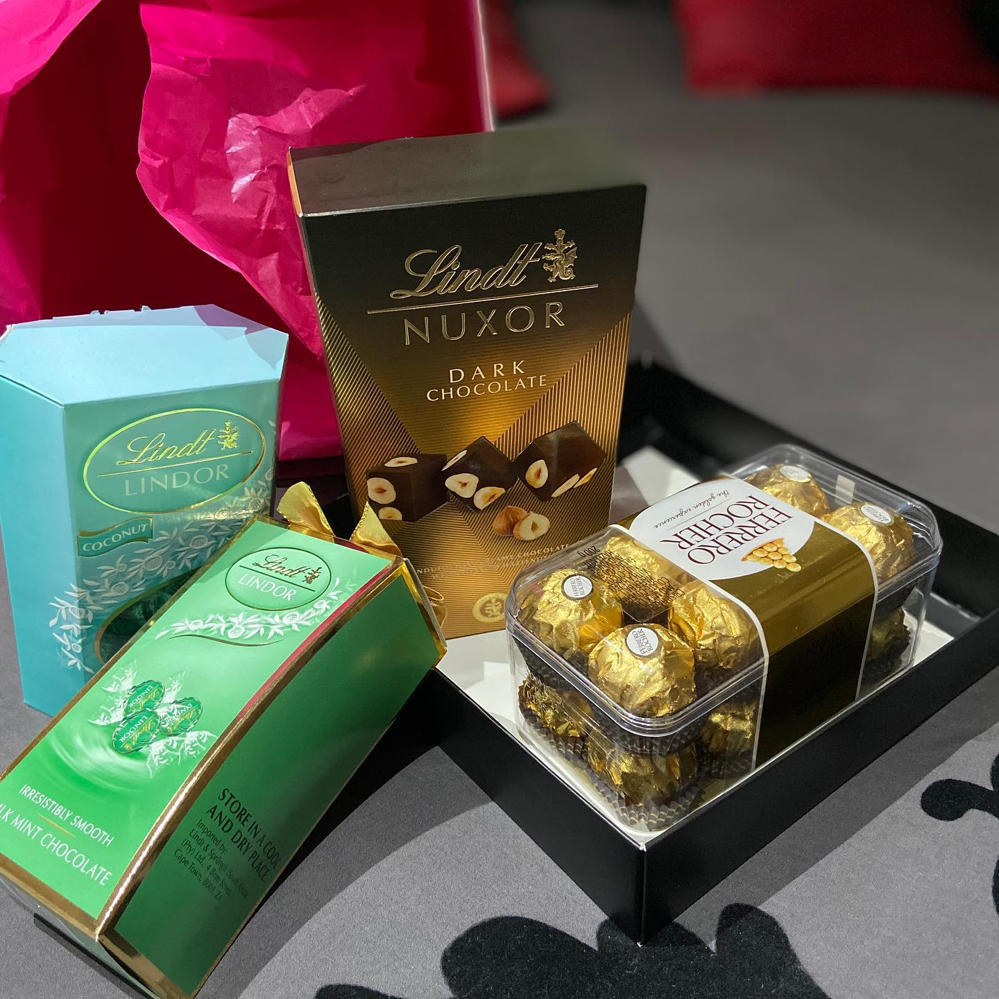 For Eid gifts and delish Lindt Chocolates vist @greenside.confectionery . Thank you guys. I'm still enjoying ️️